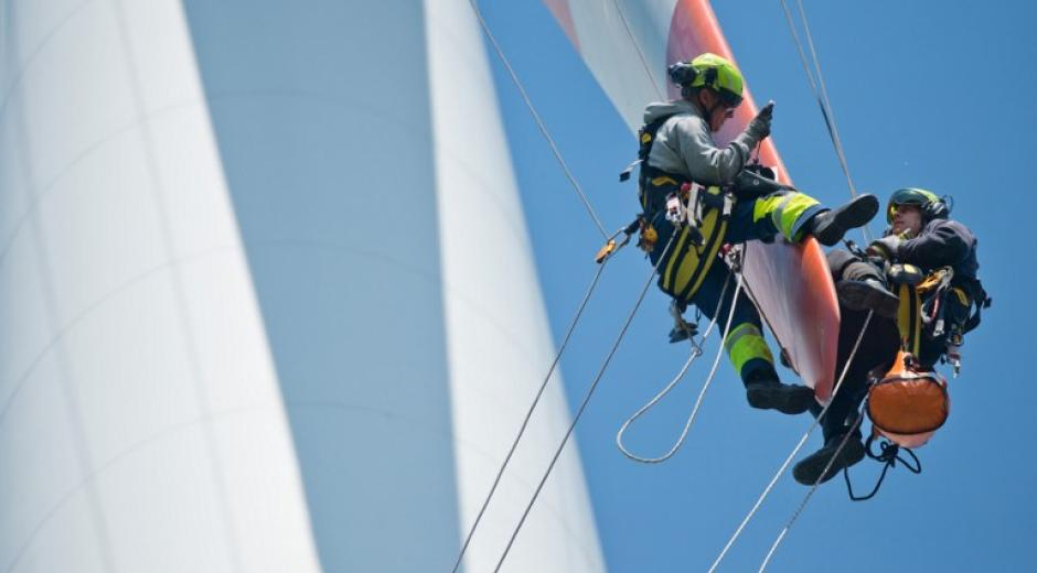 12 - Maintenance Operations at 100+ Meter Heights