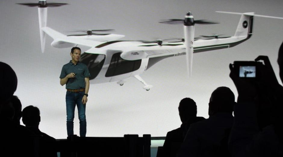 "Photo of the presentation of his own ""flying taxi"" project by the American group Uber."