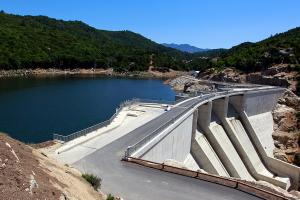 The leading renewable energy : hydropower